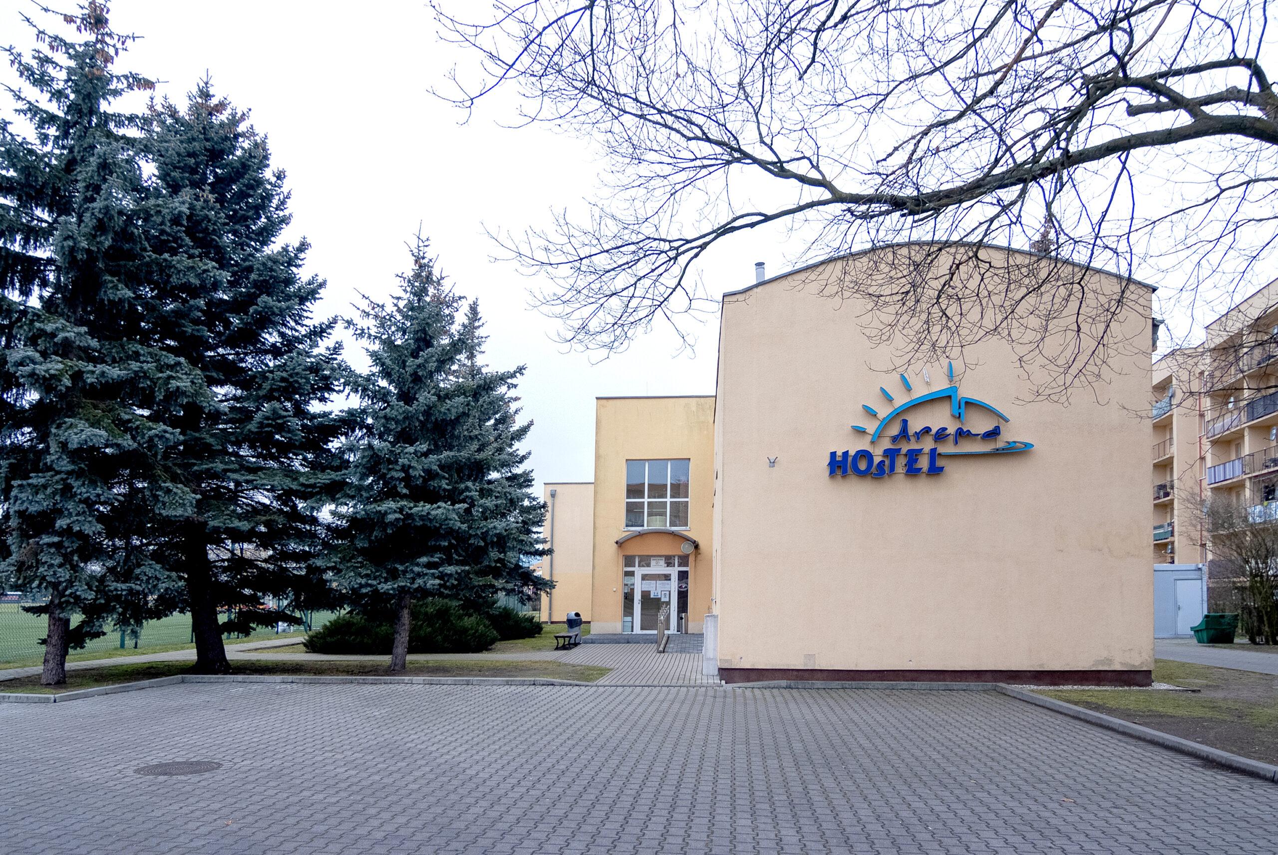 Budynek Hostelu Arena z zewnątrz
